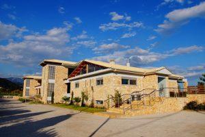 Ξενοδοχείο Cavos Χιλιαδού δίπλα στη Ναύπακτο | Ναύπακτος